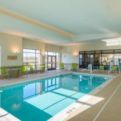 Отель TownePlace Suites by Marriott Frederick бассейн фото 3