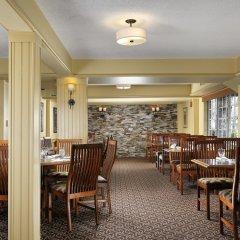 Отель Royal Scot Hotel & Suites Канада, Виктория - отзывы, цены и фото номеров - забронировать отель Royal Scot Hotel & Suites онлайн питание фото 2