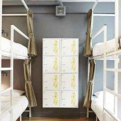 Отель LiveItUp Asok by D Varee Таиланд, Бангкок - отзывы, цены и фото номеров - забронировать отель LiveItUp Asok by D Varee онлайн комната для гостей