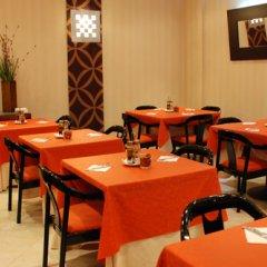 Отель Villa De Barajas Испания, Мадрид - 8 отзывов об отеле, цены и фото номеров - забронировать отель Villa De Barajas онлайн питание фото 2