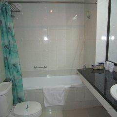 Ha Long Bay Hotel ванная фото 2