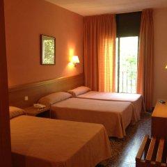 Отель Cuatro Naciones комната для гостей