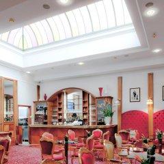 Golden Tower Hotel & Spa гостиничный бар