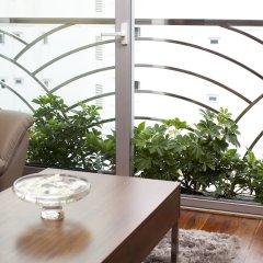 Cherry Hotel балкон