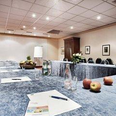 Отель Dusseldorf City by Tulip Inn Германия, Дюссельдорф - 3 отзыва об отеле, цены и фото номеров - забронировать отель Dusseldorf City by Tulip Inn онлайн интерьер отеля фото 2
