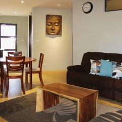 Апартаменты GreyStone Apartments 03 комната для гостей фото 5