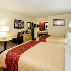 Отель Red Roof Inn Columbus West Колумбус комната для гостей фото 4