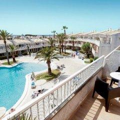 Отель SunConnect Los Delfines Hotel Испания, Кала-эн-Форкат - отзывы, цены и фото номеров - забронировать отель SunConnect Los Delfines Hotel онлайн балкон