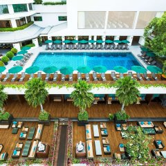 Royal Orchid Sheraton Hotel & Towers бассейн