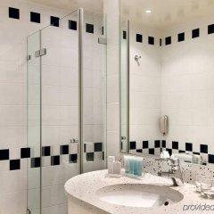Отель Hilton Sofia Болгария, София - отзывы, цены и фото номеров - забронировать отель Hilton Sofia онлайн ванная фото 2