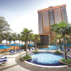 Berjaya Times Square Hotel, Kuala Lumpur бассейн