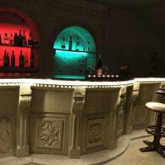 The Village Cave Hotel Турция, Мустафапаша - 1 отзыв об отеле, цены и фото номеров - забронировать отель The Village Cave Hotel онлайн гостиничный бар