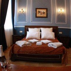 Мини-отель MK Классик сейф в номере