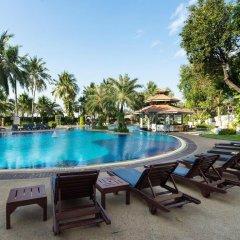 Отель Cholchan Pattaya Beach Resort бассейн фото 2