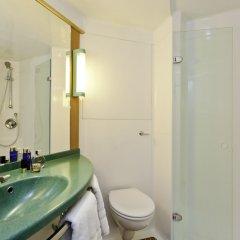 Отель ibis London Excel Docklands Великобритания, Лондон - отзывы, цены и фото номеров - забронировать отель ibis London Excel Docklands онлайн ванная фото 2
