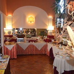 Отель Le Volpaie Италия, Сан-Джиминьяно - отзывы, цены и фото номеров - забронировать отель Le Volpaie онлайн питание фото 2