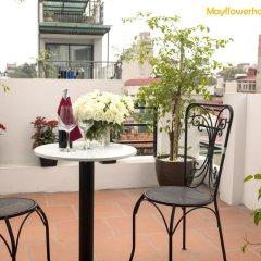 Отель Mayflower Hotel Hanoi Вьетнам, Ханой - отзывы, цены и фото номеров - забронировать отель Mayflower Hotel Hanoi онлайн балкон