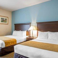 Отель Comfort Suites Tulare комната для гостей фото 5