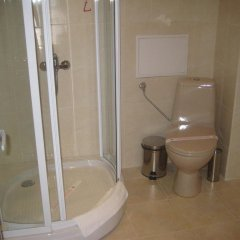 Отель Alex Family Hotel Болгария, Сандански - отзывы, цены и фото номеров - забронировать отель Alex Family Hotel онлайн ванная