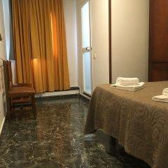 Отель Hostal Conchita Legazpi Испания, Мадрид - отзывы, цены и фото номеров - забронировать отель Hostal Conchita Legazpi онлайн ванная