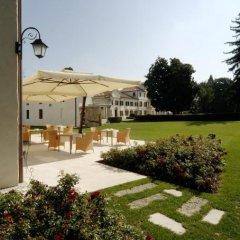 Отель Villa Toderini Кодонье спортивное сооружение