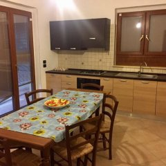 Апартаменты Apartment With 2 Bedrooms in Bovalino, With Pool Access, Furnished Balcony and Wifi - 300 m From the Beach Бовалино-Марина в номере