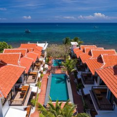 Отель Simple Life Cliff View Resort пляж