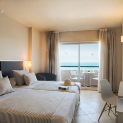 Hotel El Puerto by Pierre & Vacances комната для гостей