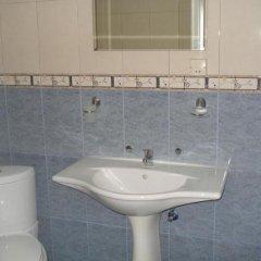 Отель Smolyan Болгария, Смолян - отзывы, цены и фото номеров - забронировать отель Smolyan онлайн ванная фото 2