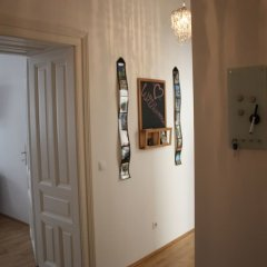 Апартаменты Govienna Modern Apartment Вена комната для гостей