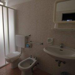Jammin' Rimini Backpackers Hotel Римини ванная