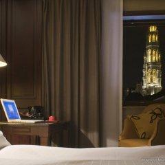 Отель Warwick Brussels Бельгия, Брюссель - 3 отзыва об отеле, цены и фото номеров - забронировать отель Warwick Brussels онлайн удобства в номере