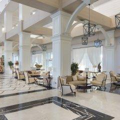 Titanic Deluxe Golf Belek Турция, Белек - 8 отзывов об отеле, цены и фото номеров - забронировать отель Titanic Deluxe Golf Belek онлайн интерьер отеля