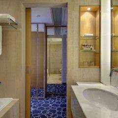 Отель Crowne Plaza Shenzhen Futian, an IHG Hotel Китай, Шэньчжэнь - отзывы, цены и фото номеров - забронировать отель Crowne Plaza Shenzhen Futian, an IHG Hotel онлайн ванная фото 2