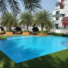 The Bazaar Hotel бассейн фото 2