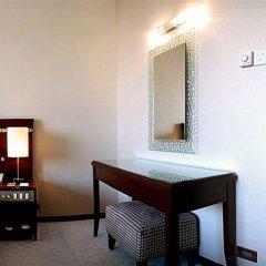 Rosedale Hotel and Suites Guangzhou удобства в номере фото 2
