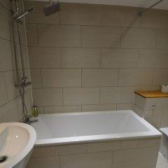 Отель Central Comfort Serviced Apartments Великобритания, Лондон - отзывы, цены и фото номеров - забронировать отель Central Comfort Serviced Apartments онлайн ванная