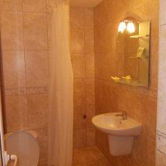 Отель Fotiadis Hotel Rooms & Studios Болгария, Велико Тырново - отзывы, цены и фото номеров - забронировать отель Fotiadis Hotel Rooms & Studios онлайн ванная