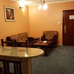 Отель Al Bustan Tower Hotel Suites ОАЭ, Шарджа - отзывы, цены и фото номеров - забронировать отель Al Bustan Tower Hotel Suites онлайн интерьер отеля фото 3