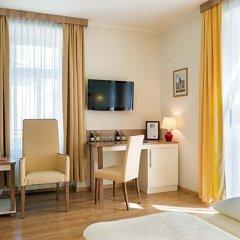 Отель Goldeness Theaterhotel Зальцбург комната для гостей фото 5