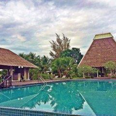 Отель Lawana Escape Beach Resort бассейн фото 3
