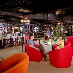 Отель Royal Lotus Hotel Ha long Вьетнам, Халонг - отзывы, цены и фото номеров - забронировать отель Royal Lotus Hotel Ha long онлайн гостиничный бар