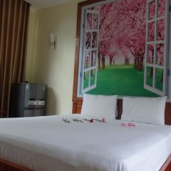 Отель Family Homestay Хойан комната для гостей