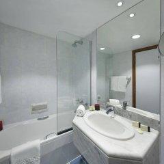 Отель Admiral Plaza Hotel Dubai ОАЭ, Дубай - отзывы, цены и фото номеров - забронировать отель Admiral Plaza Hotel Dubai онлайн ванная