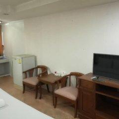 Отель JS Tower Service Apartment Таиланд, Бангкок - отзывы, цены и фото номеров - забронировать отель JS Tower Service Apartment онлайн комната для гостей фото 3