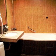 Отель Alexander Hotel Болгария, Банско - 1 отзыв об отеле, цены и фото номеров - забронировать отель Alexander Hotel онлайн ванная фото 2