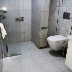 Hanedan Otel Турция, Фоча - отзывы, цены и фото номеров - забронировать отель Hanedan Otel онлайн ванная