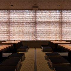 Отель Nishitetsu Croom Hakata Хаката гостиничный бар