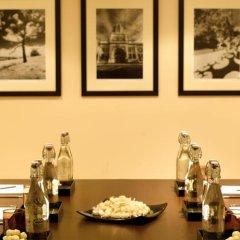 Отель Radisson Blu Edwardian, Leicester Square Великобритания, Лондон - отзывы, цены и фото номеров - забронировать отель Radisson Blu Edwardian, Leicester Square онлайн интерьер отеля фото 2