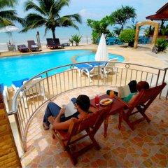 Отель Lanta Paradise Beach Resort бассейн